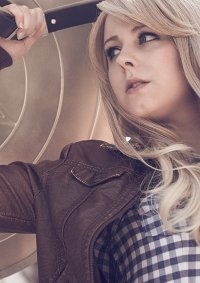 Cosplay-Cover: Stephanie Grace Rogers [Zivil]