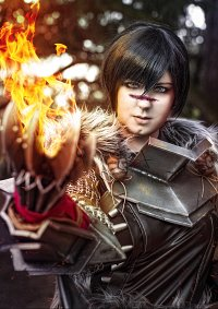 Cosplay-Cover: Marian Hawke [Champion]