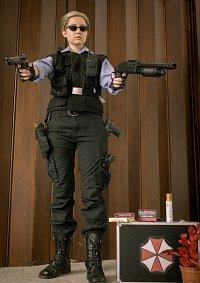 Cosplay-Cover: Albert Wesker (S.T.A.R.S.-Uniform)