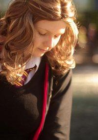 Cosplay-Cover: Hermine Granger [Schuluniform ⵊⵊ]