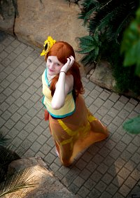 Cosplay-Cover: Leona [Pool Party]
