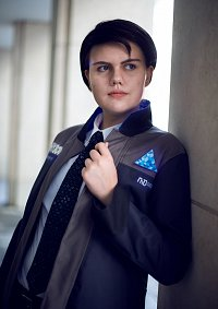 Cosplay-Cover: Connor    RK 800
