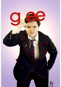 Cosplay-Cover: Kurt (Elizabeth) Hummel [Dalton Academy Warbler]
