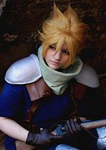 Cosplay-Cover: Cloud Strife (Infanterist)