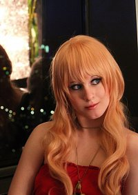 Cosplay-Cover: Sheryl Nome [Red Dress]