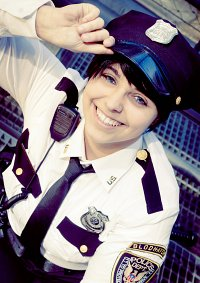 Cosplay-Cover: Officer Dick Grayson