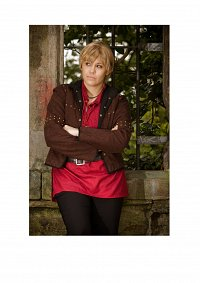 Cosplay-Cover: Arthur Pendragon (BBC Merlin)