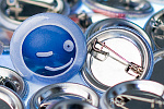 Animexx Button: Smiley-Edition - Zwinker